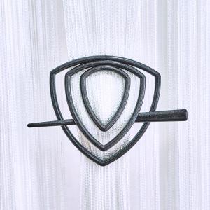 Улитка-треугольник -12 заколка для нитяных штор