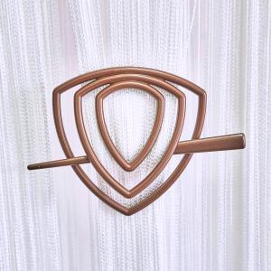 Улитка-треугольник -14 заколка для нитяных штор